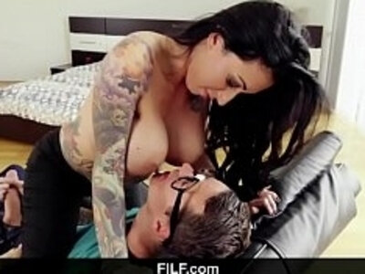 Devious stepson seducing his mother in order to fuck her gorgeous MILF pussy on camera